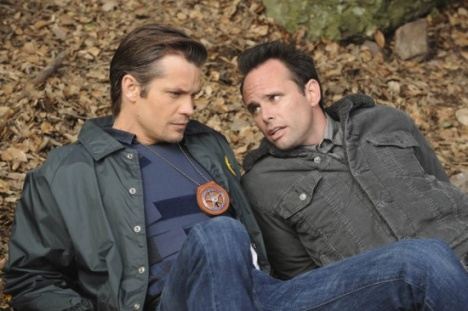 justified raylan and boyd reclining