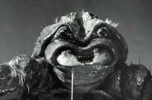 black-scorpion-1957-close-up